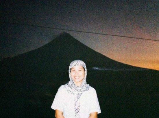Mayon Volcano: Majestic Mayon at dawn