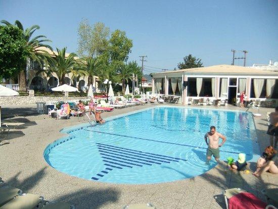 Hotel Admiral Argassi : Pool