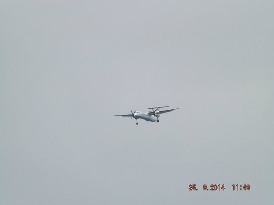 Ulster Folk & Transport Museum: a visitor flying over the beach