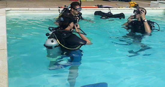 Phuket Scuba Club : With our Dive Instructor Devon