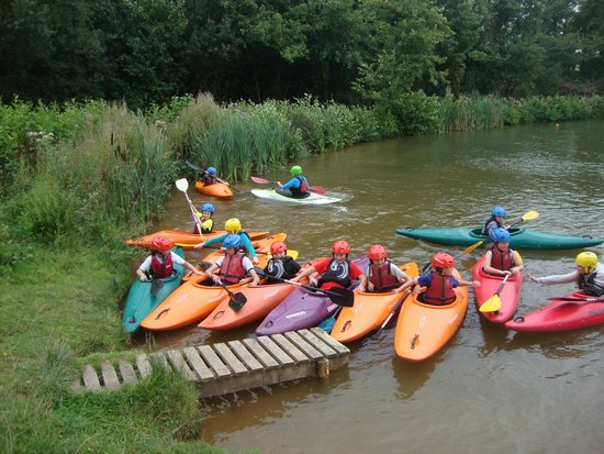 Goathurst, UK: Kayaking Cobbs Cross