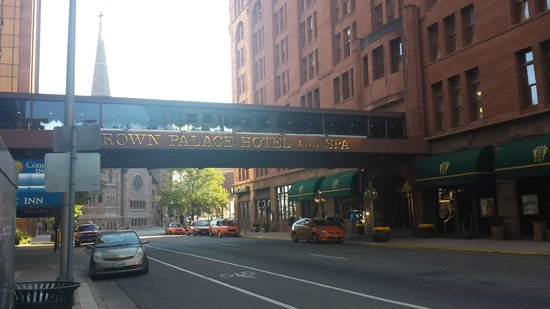 The Spa at The Brown Palace: From the outside