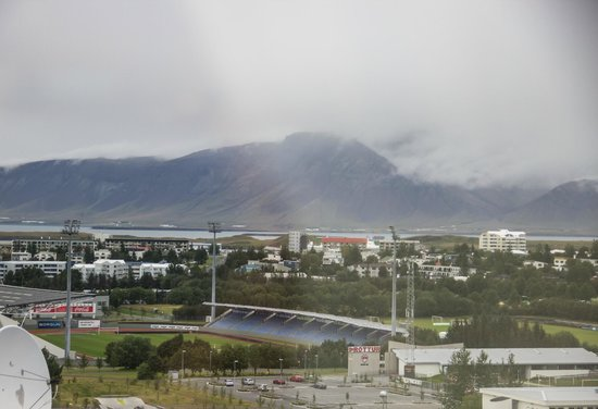 Hotel Island: Stadium