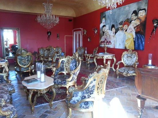 Villa Barocco: Residents Lounge