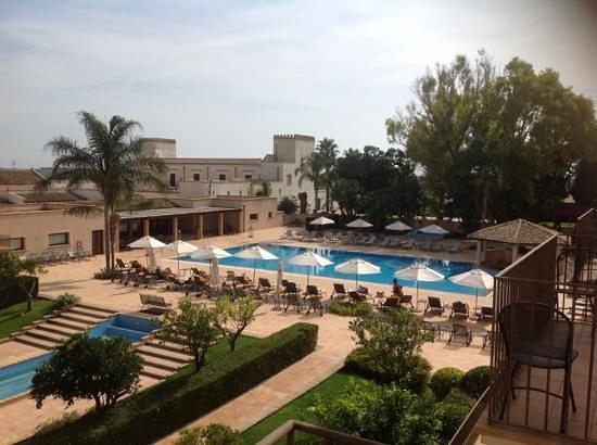 Giardino di Costanza Resort : Pool area