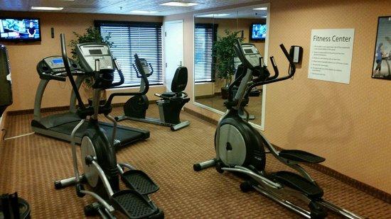 Holiday Inn Express Harrisburg SW-Mechanicsburg: Fitness Center Available 24 Hours