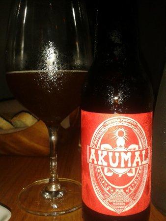Como Como Osteria Mediterranea: Akumal Beer at Como Como