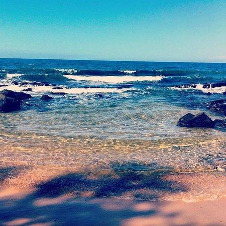 مانجو باي ريزورت: Mango Bay beach - beautiful and secluded
