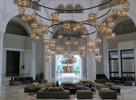 Radisson Blu Palace Resort & Thalasso, Djerba: Grosser Leuchter
