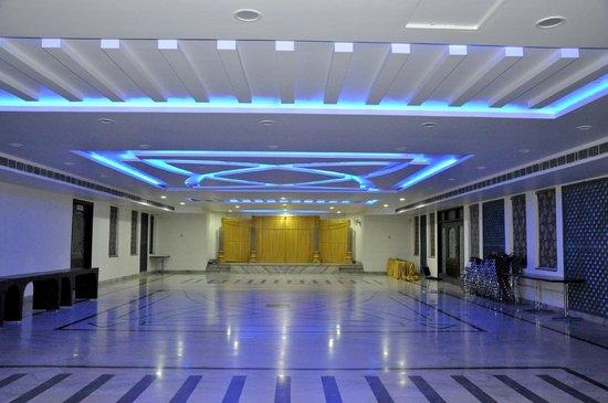 Kotputli, India: function rooms