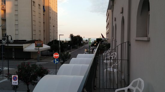 Hotel Ginevra : Blick vom Balkon in Richtung Meer