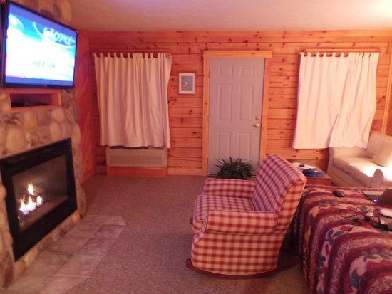 New England Inn: Room