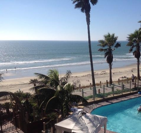 Pacific Terrace Hotel: View from our room. Even better in person!