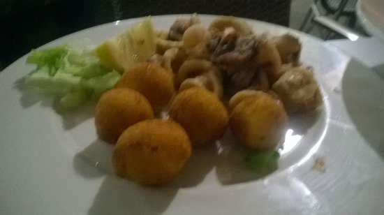 Pazo de Mendoza: Croquetas de jamon iberico