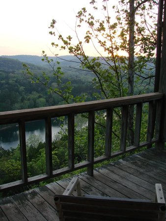 Arkansas White River Cabins: View from porch