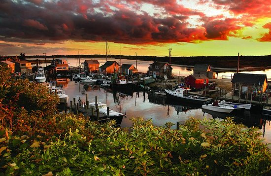 Massachusetts: Martha's Vineyard Sunset