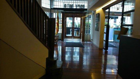 Park Hotel Barcelona : Hotel lobby