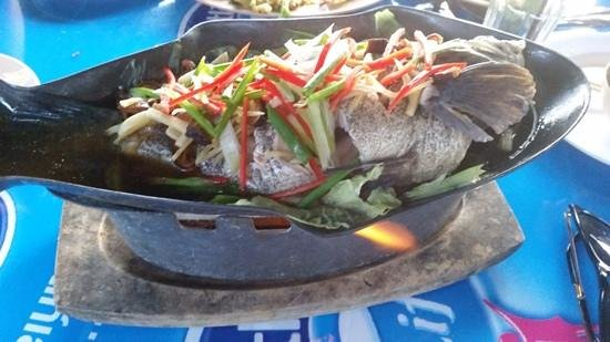 The Black Crab: steamed Grouper with soy