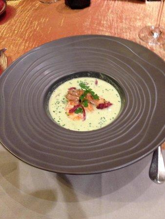 La Ferme d'Argenteuil: Velouté d asperges aux langoustines !!!