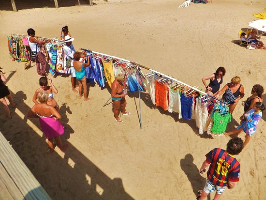 Playa Mansa: Beach merchants might just have what you momentarily need
