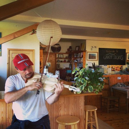 Cabot Shores Wilderness Resort: Fiddle handmade while at Cabot Shores by Dwayne Côté