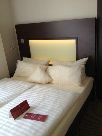 Leonardo Hotel Munchen City Center : bed