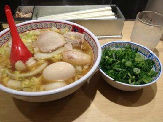 Kamukura Dotonbori : 煮玉子ネギラーメン