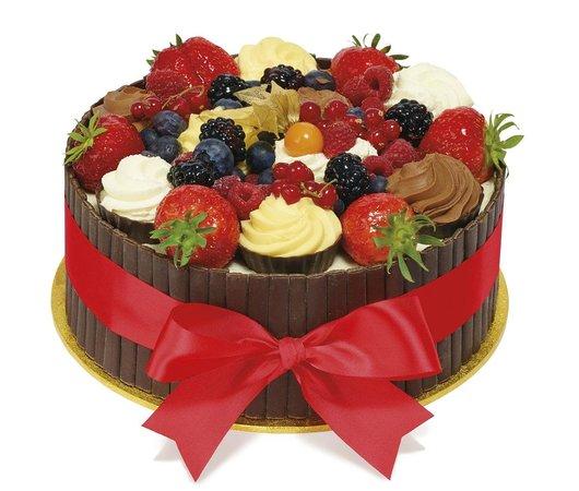 Enjoyable Nice Birthday Cake Patisserie Valerie London Traveller Reviews Funny Birthday Cards Online Necthendildamsfinfo