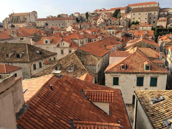 Hotel Stari Grad: 朝食時、屋上からの眺め