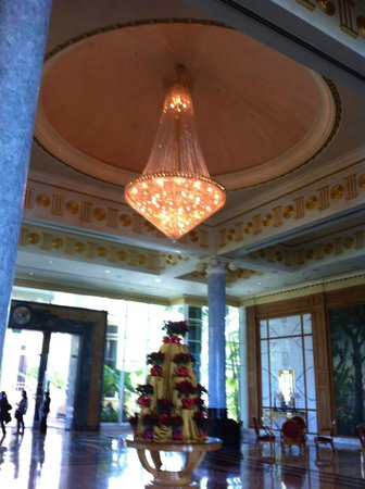 The Empire Hotel & Country Club : In the lobby