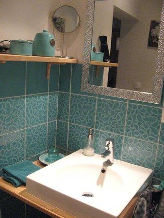 Maison du Sart Chambres d Hotes : Salle de bain escaut