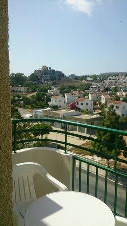 أرتيميس هوتل أبارتمينتس: View from room 424