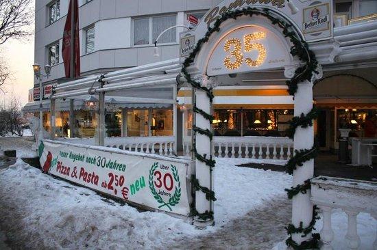 ristorante pizzeria romana berlin spandau borough restaurant reviews phone number. Black Bedroom Furniture Sets. Home Design Ideas