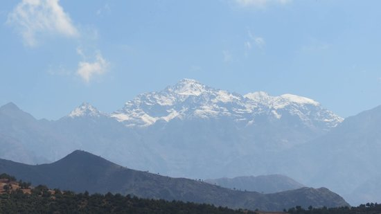 Morocco Attractive Tours : Early September snow