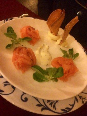Roccetta Fiorita : Salmone affumicato in casa