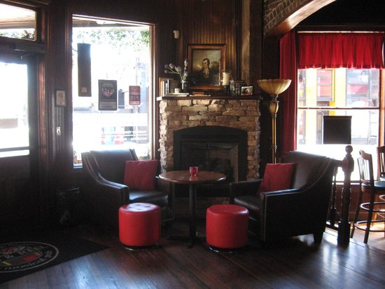 Boyd's Jig and Reel: Quaint seating area