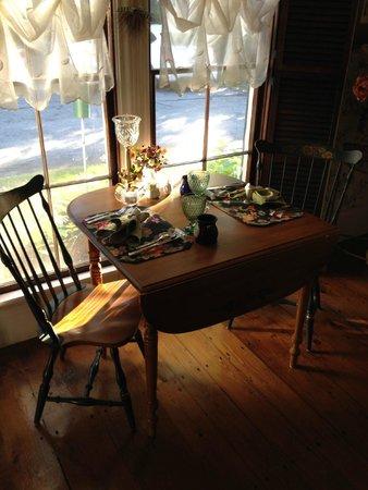 Camden Maine Stay Inn : sala da pranzo breakfast