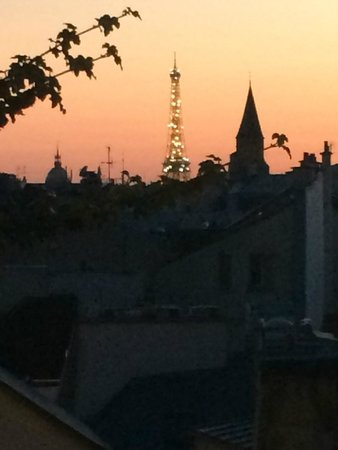 Holiday Inn Paris - Notre Dame: View from our room