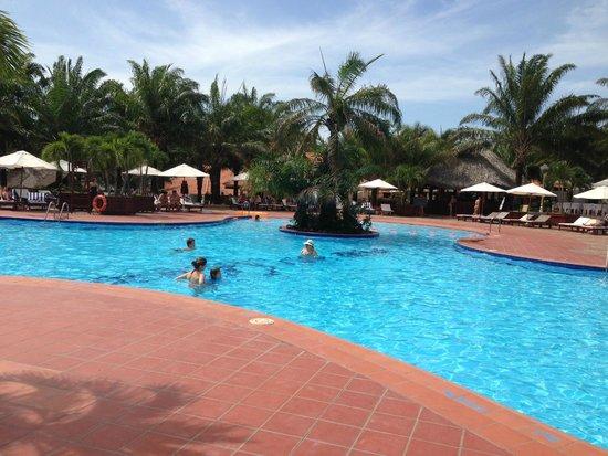Phu Hai Beach Resort & Spa : Pool