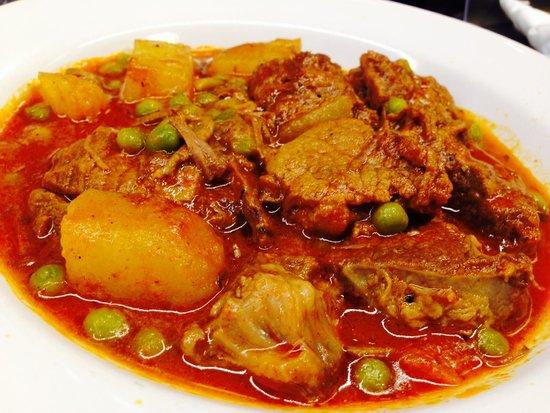 Bar Pinotxo : Delicious hearty beef stew