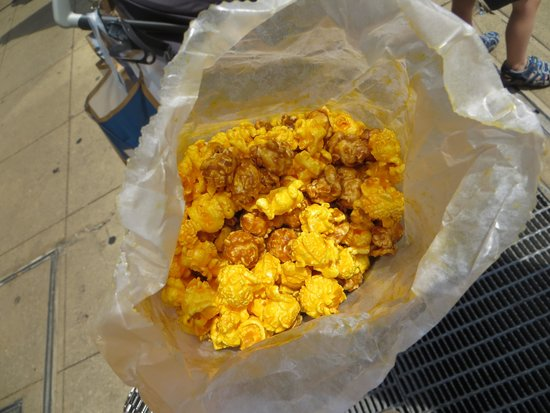 Garrett Popcorn Shops : La classique caramel et fromage