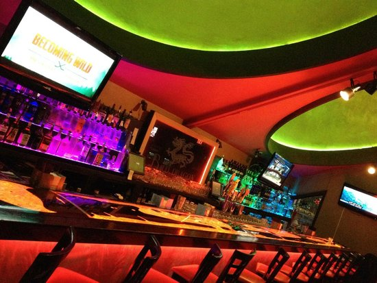 Dells Dynasty Restaurant & Lounge: Red Dragon Lounge .
