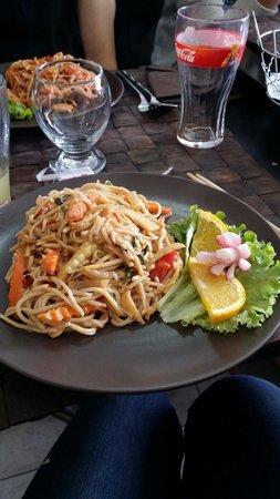 Le Petit Bangkok : Nouille crevette et sa sublime sauce Bangkok
