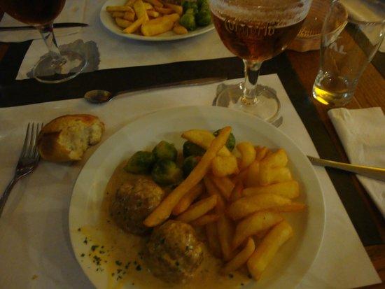 The Magic Rubens Brasserie: Albondigas