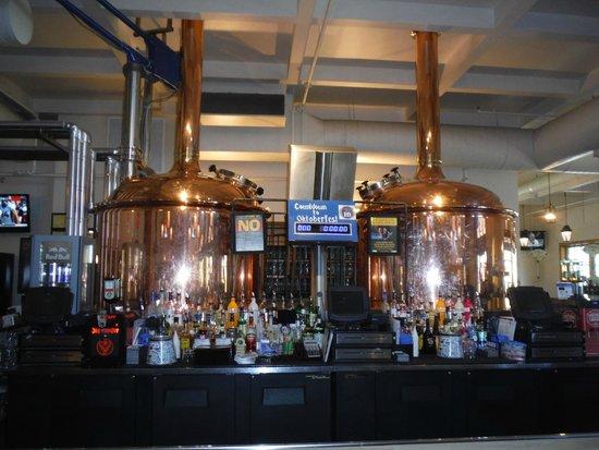 Hofbrauhaus Pittsburgh : Super nice beer brewing
