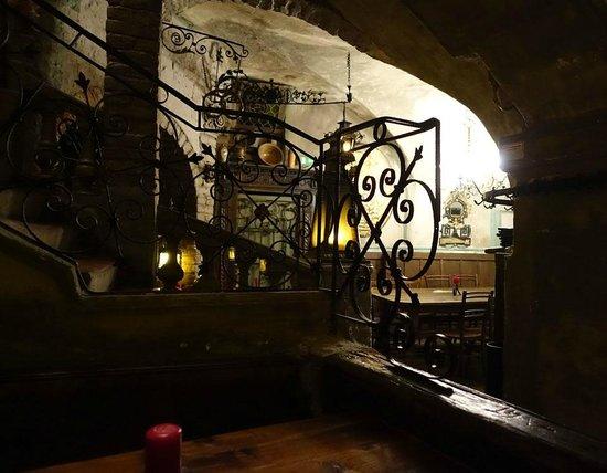Brezl Gwolb: ristorante al piano inferiore