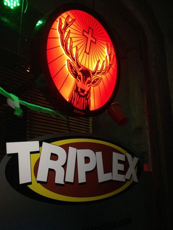 Bar Le Triplex