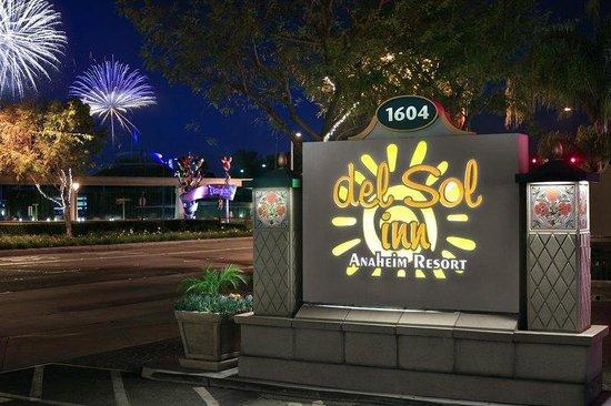 Anaheim Del Sol Inn Photo