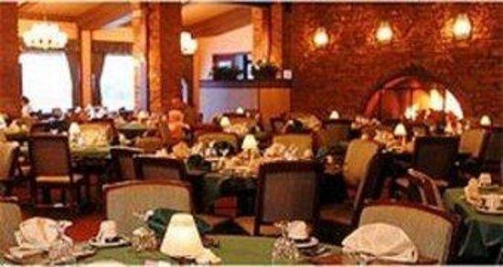 Sherrodsville, OH: Dining Room