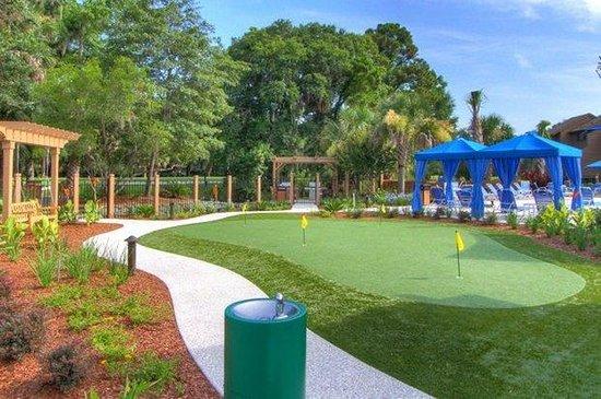 Hilton Head Island Beach & Tennis Resort: putting green